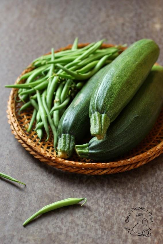 cukinia i zielona fasolka