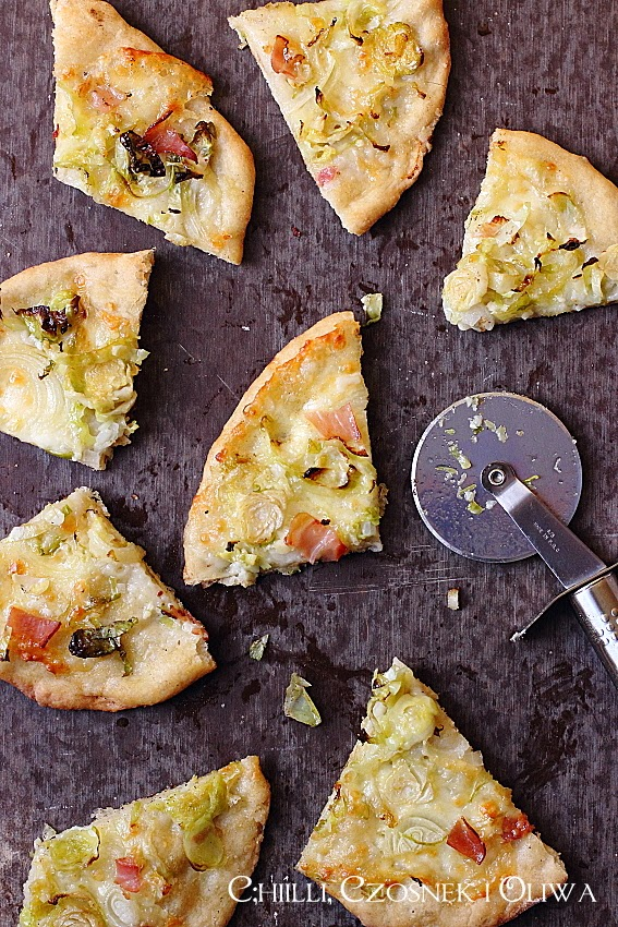 pizza z brukselka i szynka