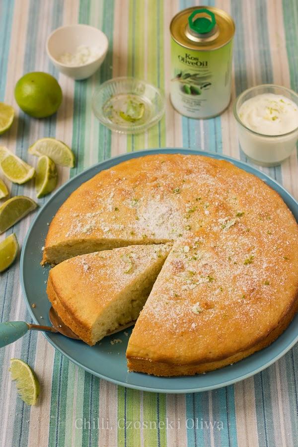 Ciasto limonkowe z oliwą i greckim jogurtem