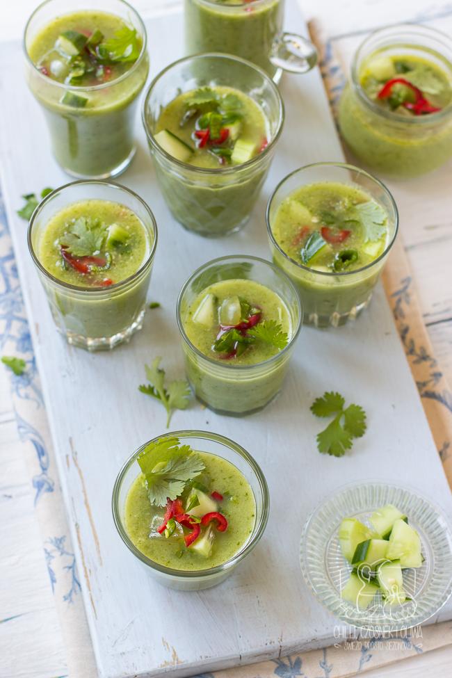 Zielone gazpacho z ogórkiem i chilli/ Chilli, Czosnek i Oliwa