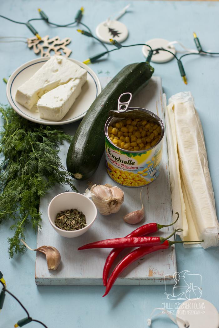Pierożki z ciasta francuskiego z cukinią, kukurydzą i fetą / Chilli, Czosnek i Oliwa