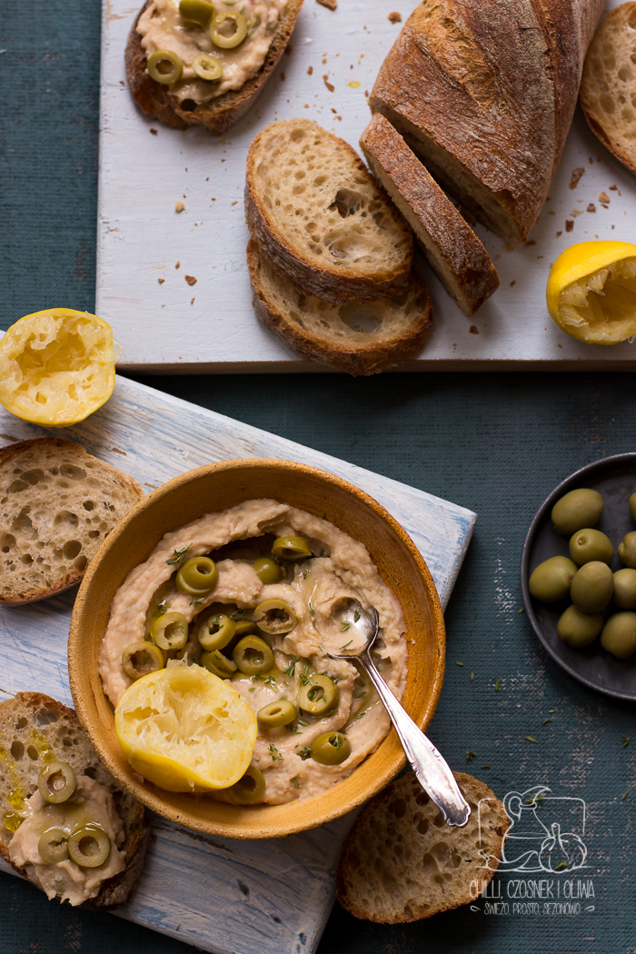 Pasta do chleba z białej fasoli i zielonych oliwek / Chilli, Czosnek i Oliwa