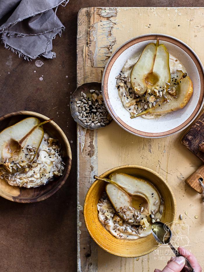 Pieczone gruszki z cynamonowym mascarpone / Chilli, Czosnek i Oliwa