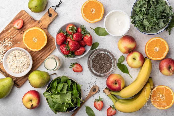 Jak przygotować szybki posiłek do pracy? 5 przepisów na pyszne koktajle i smoothie