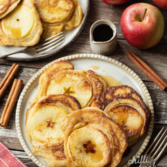 Puszyste placki z ricottą i jabłkami